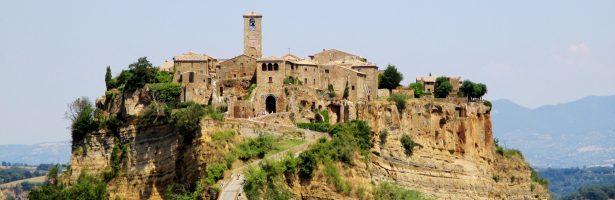 PASQUA, I tesori dell'Etruria e la Civita di Bagnoregio
