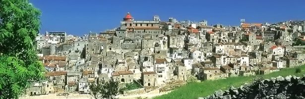PASQUA in PUGLIA Gargano, Peschici, Vico del Gargano,           Monte S. Angelo